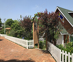 Prefab Privacy Composite WPC Garden Fence